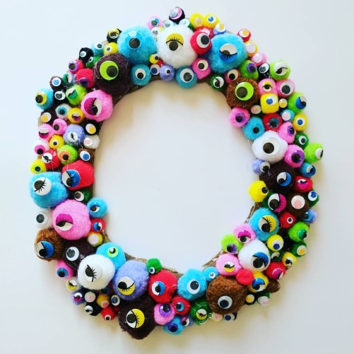 googly wreath final.jpg